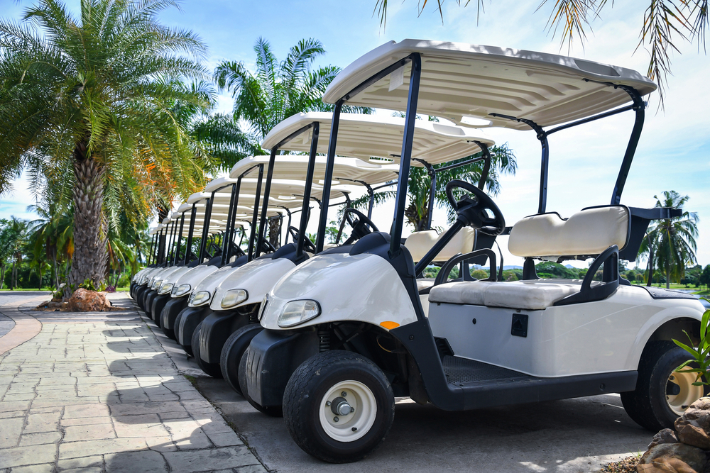 5 Signs You Need to Replace Your Fleet of Golf Cart Batteries